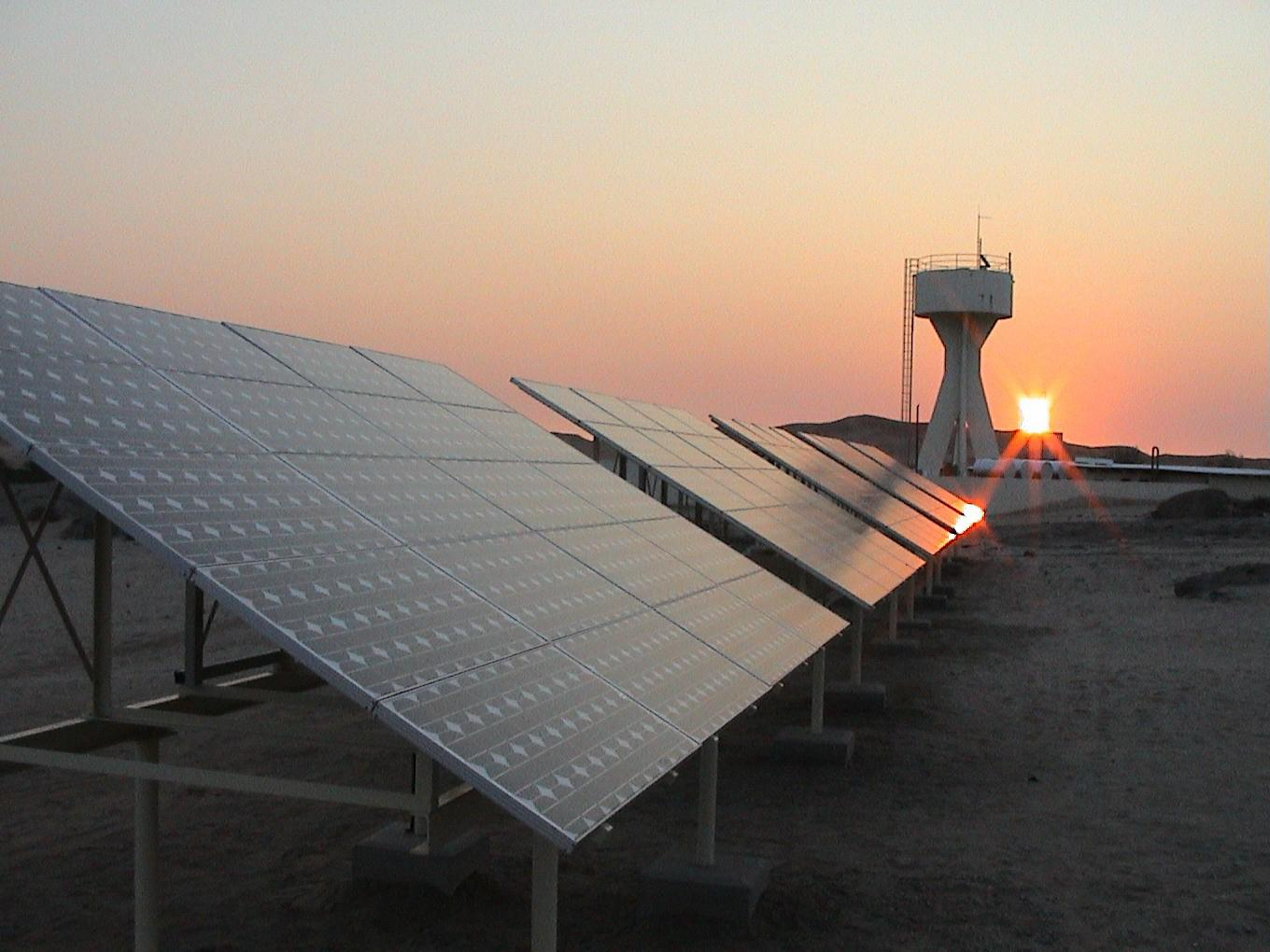 photo of solar panels at night - but do they still work?